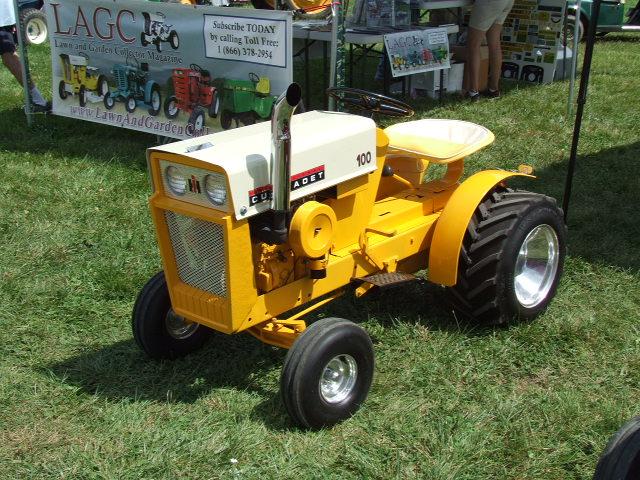 Vintage Lawn And Garden Tractors : Garden tractor vintage cum face mature